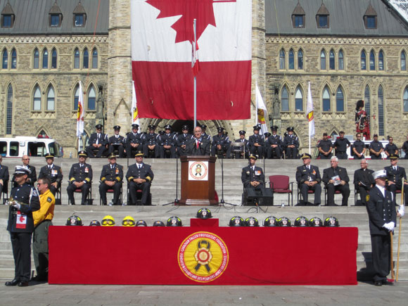 The Honourable Julian Fantino, Associate Minister of National Defence delivers remarks at the Annual Canadian Fallen Firefighters Foundation Memorial Ceremony on September 11, 2011 on Parliament Hill in Ottawa.